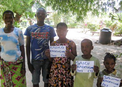FAMILIE KADZUGWE NGOA
